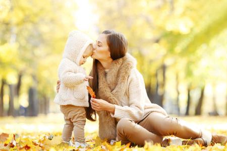 子どもと一緒にお母さんも笑顔