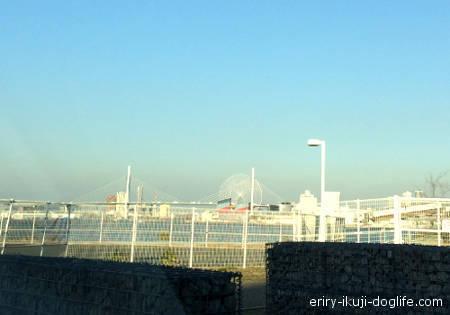 南港の周辺、海遊館方面が見えます