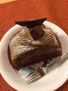 アンリシャルパンティエのチョコレートケーキ